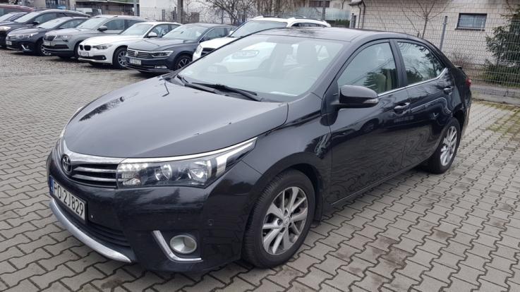TOYOTA Corolla 1.6 Premium