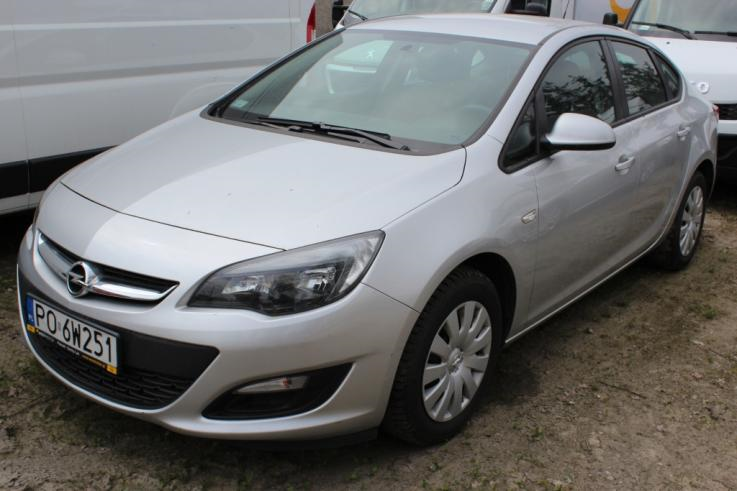 OPEL Astra IV 1.4 T Business