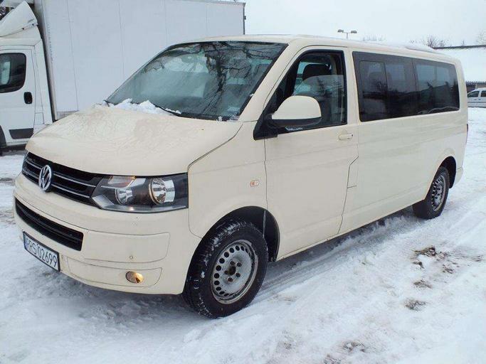 VOLKSWAGEN Caravelle Transporter T5